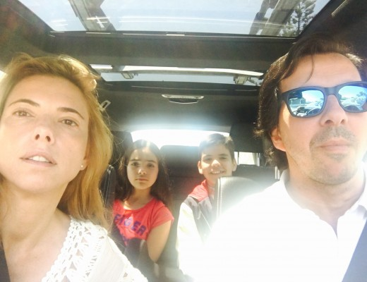 Ana, Jorge, Tomás e Matilde no carro a sentir a falta da Maria