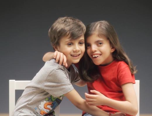 Campanha ativar a inclusão Maria e Lourenço